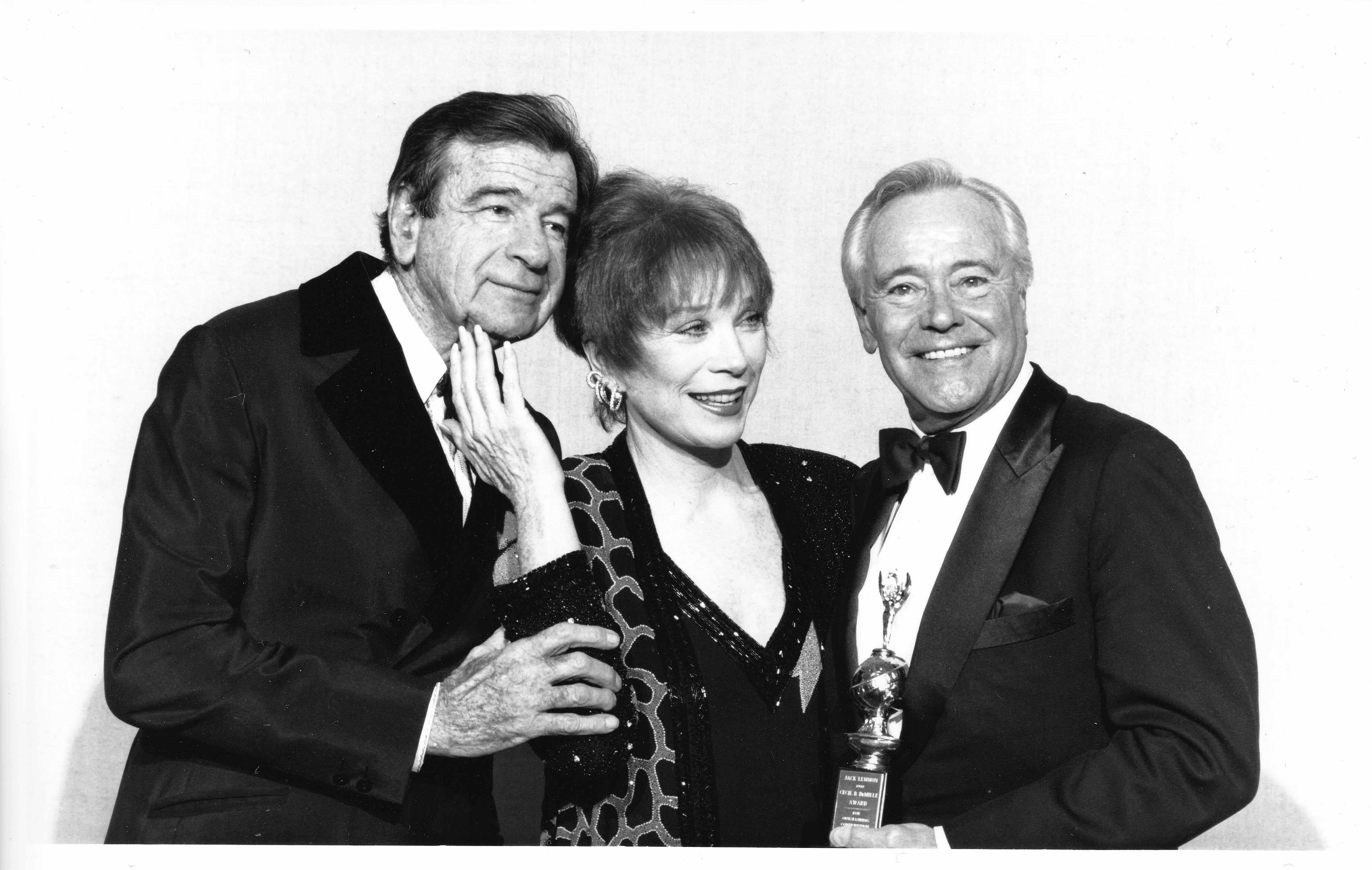 Jack Lemmon with WAler Matthau and Shirley MacLaine at the 1991 Golden Globes