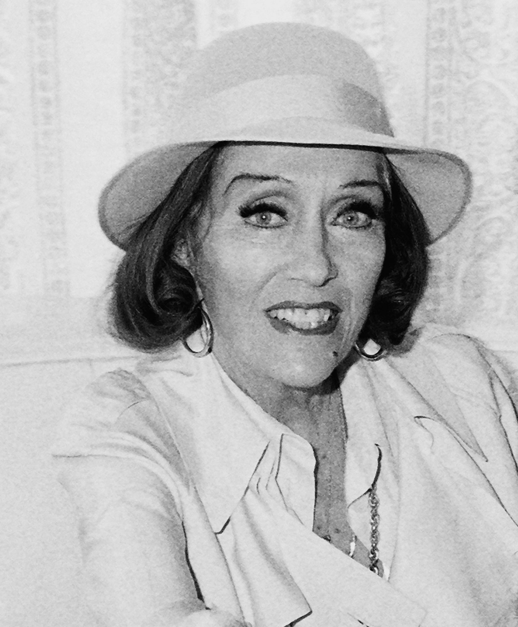 Actress Gloria Swanson .Godlen Globe winner, 1974
