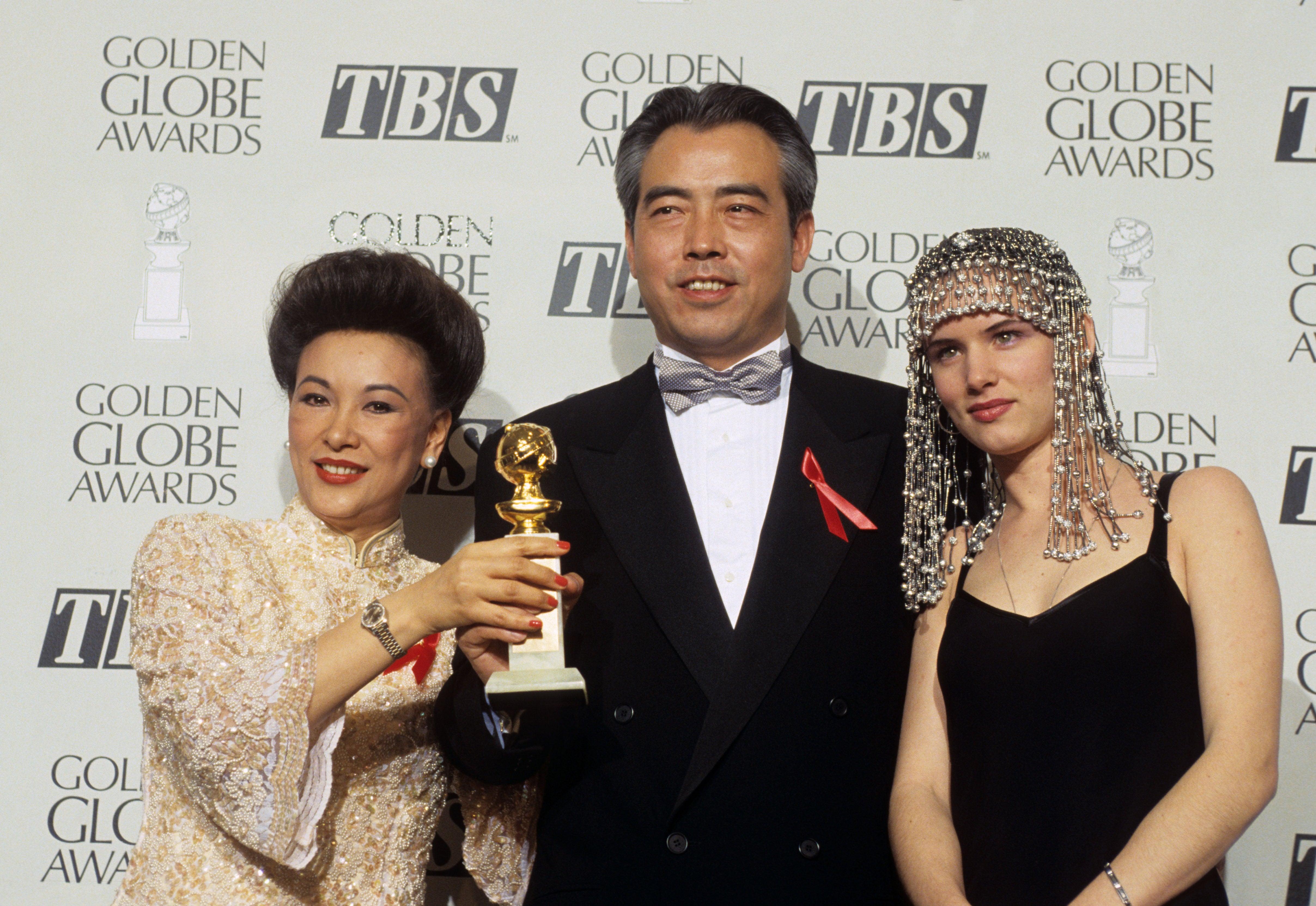 1994_gg51_hsu_feng_chen_kaige_foreign-farewell_my_concubine_juliette_lewis_2w.jpg