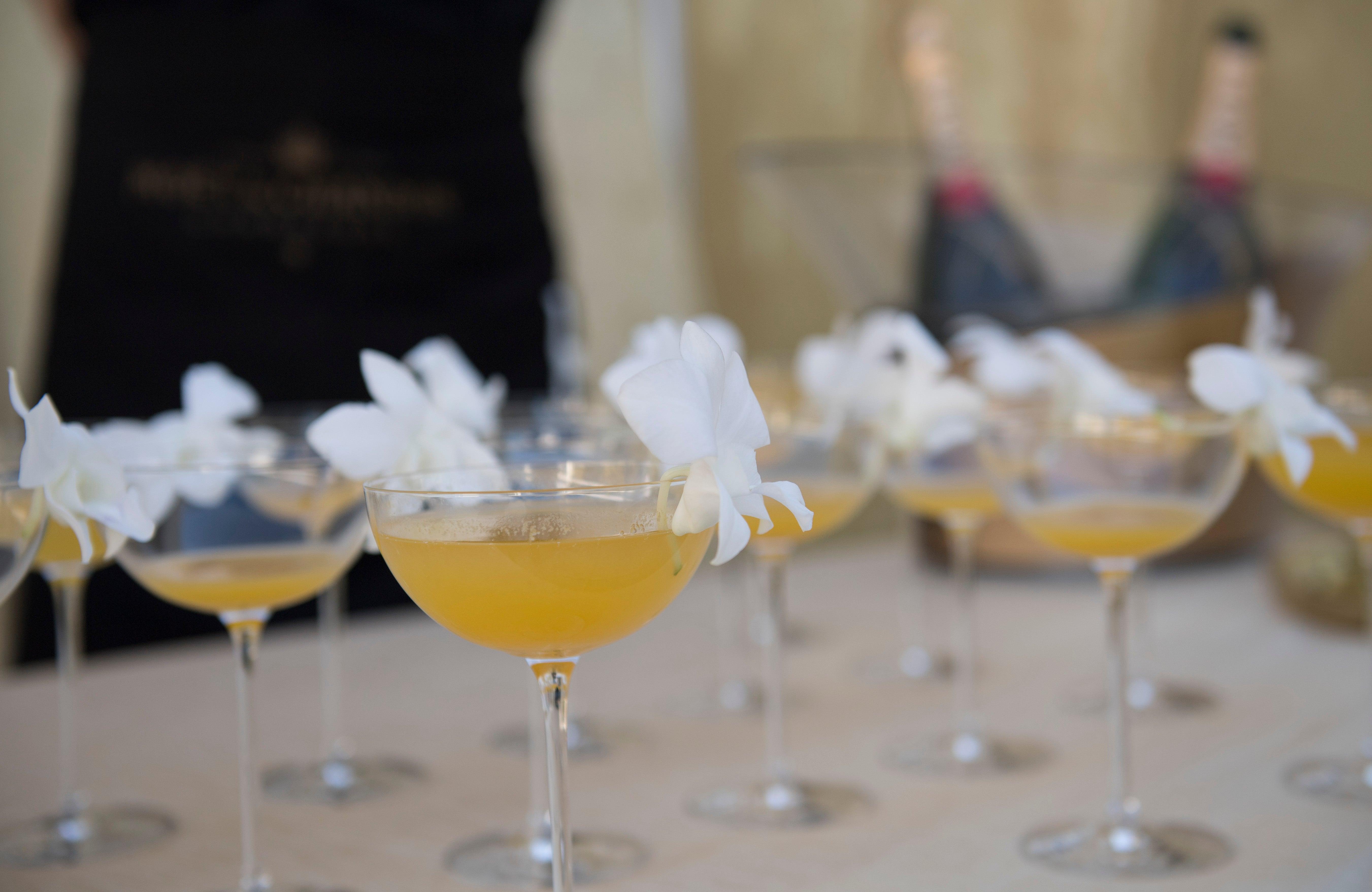 Drink Moet Belle, Golden Globes 2019