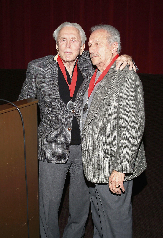 Kirk Douglas and producer Edward Lewis, 2004
