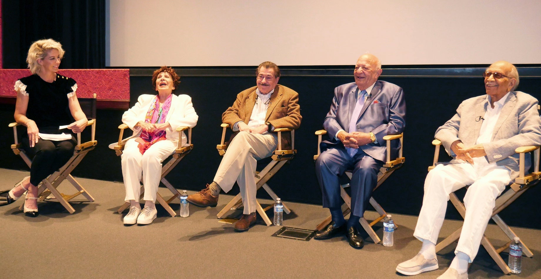 Moderator Jenna Elfman talks Hollywood history with senior members of the HFPA.