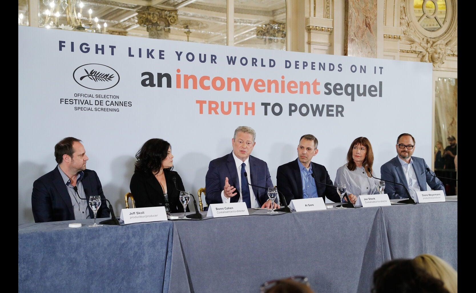 Jeffrey Skoll, Bonni Cohen, Al Gore, Jon Shenk, Diane Weyermann, and Richard Berge