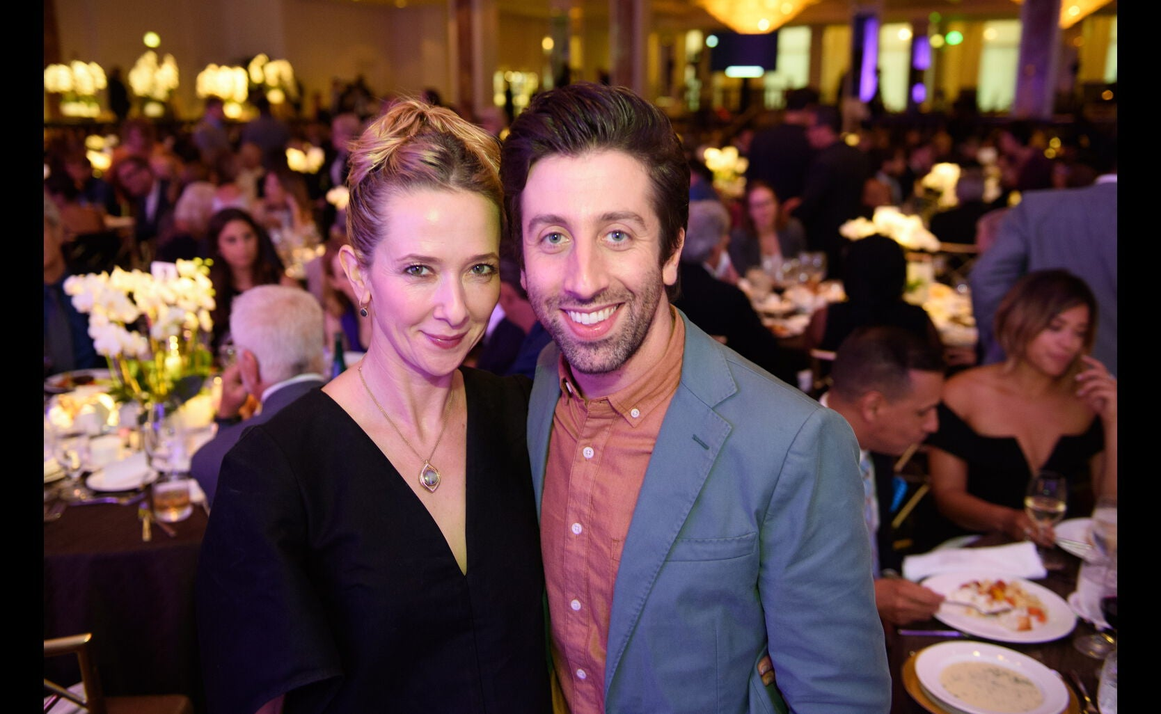Simon Helberg and Jocelyn Towne at the HFPA Grants Banquet 2016