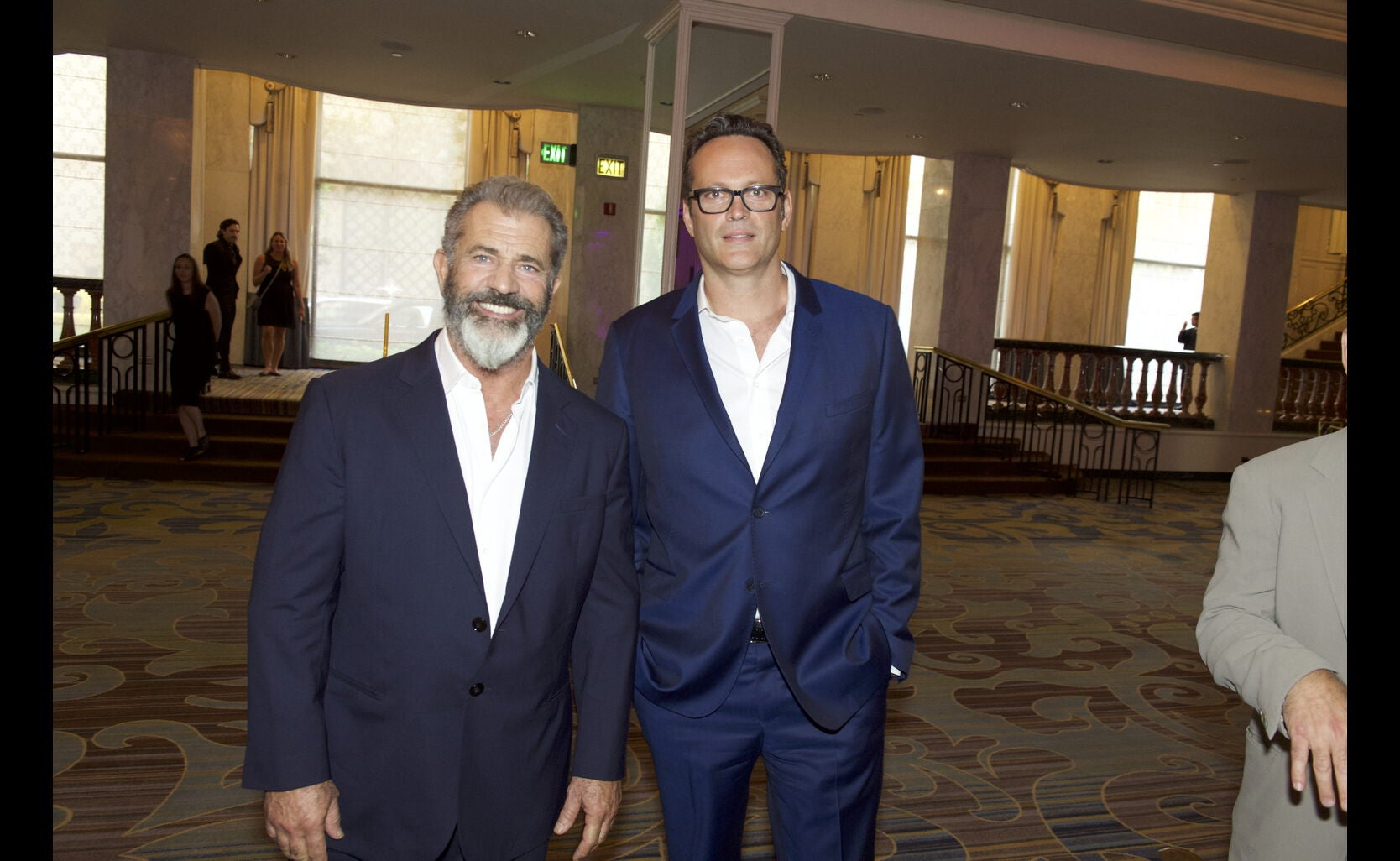 Mel Gibson and Vince Vaughn at the Annual Grants Dinner 2016