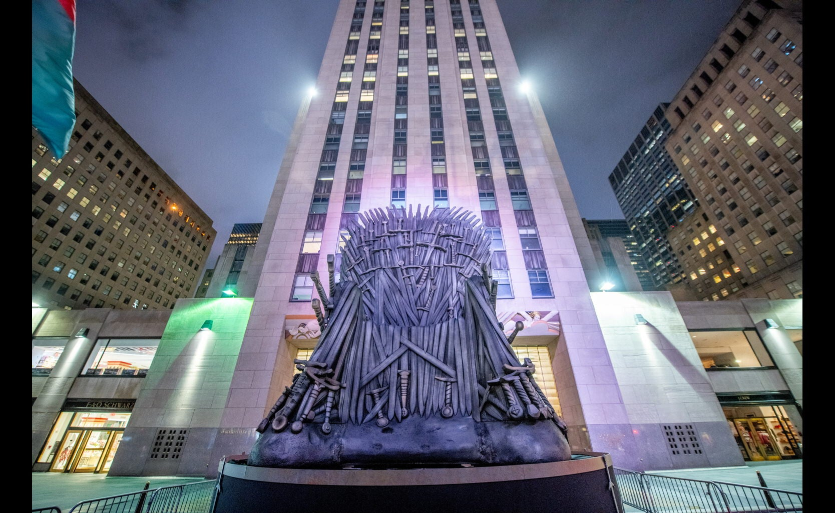 Rockfeller Center during the premiere of the final season of Game of Thrones, april 2019