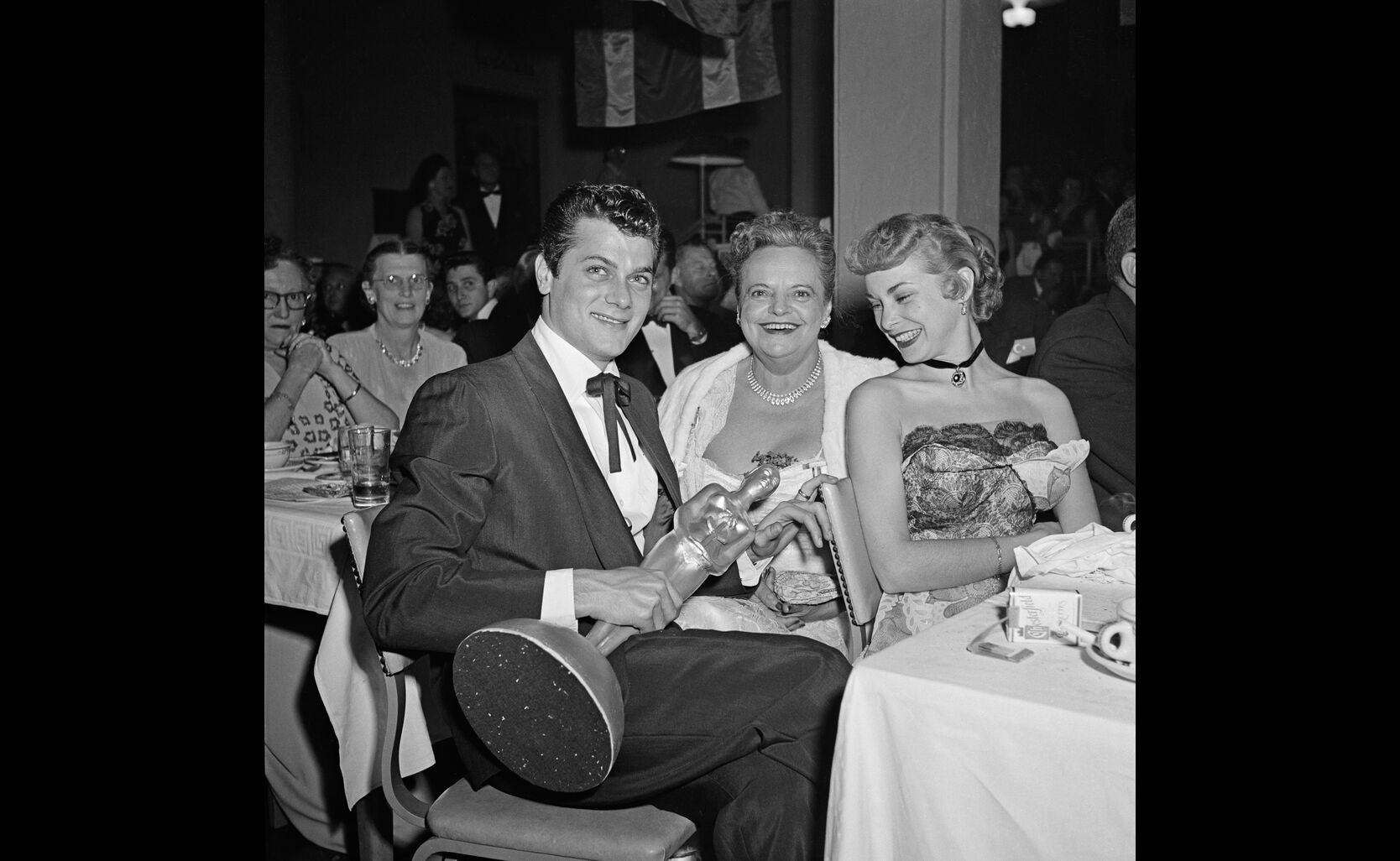 Tony Curtis and wife Janet Leigh at the 1952 Golden Globes