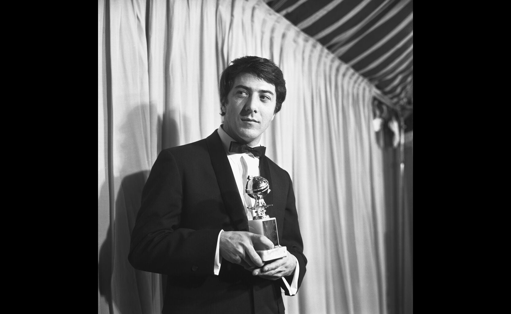 Dustin Hoffman and his Golden Globe for The Graduate, 1968