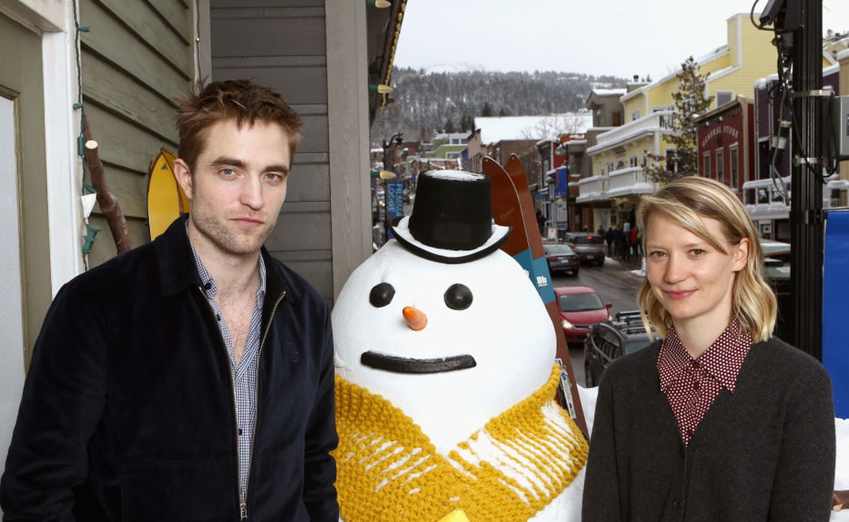 Actors Robert Pattinson and Mia Wasikowska