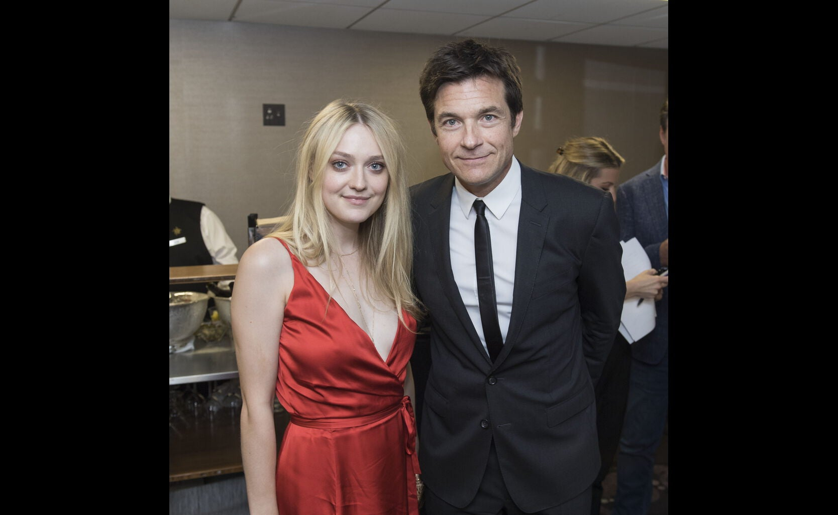 Dakota Fanning and Jason Bateman