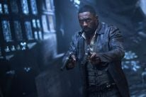 """Idris Elba ina scene from """"The Dark Tower"""""""