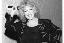 Actress and singer Bette Midler, Golden Globe winner