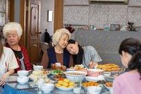 "Shuzhen Zhao, Hong Lu, and Awkwafina in ""The Farewell"" (2019)"