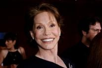 Mary Tyler Moore, Golden Globe winner