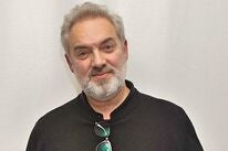Director Sam Mendes, Golden Globe winner