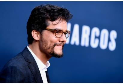"Actor Wagner Moura, Golden Globe nominee, and a scene from ""Narcos"""