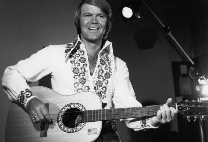 Actor and musician Glen Campbell, Golden Globe nominee