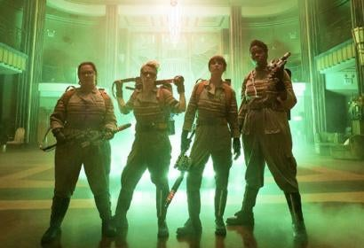 A scene from Ghostbusters (dir. Paul Feig, 2016)