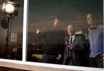 "Alex Pastor directing ""Hogar"", 2019"