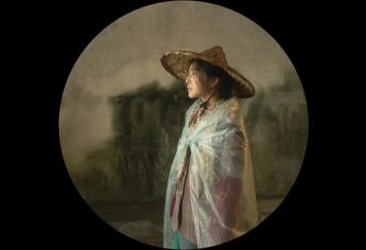 A scene from I Am Not Madame Boavy, directed by Xiaogang Feng