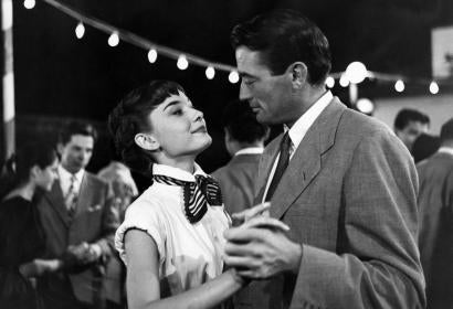 Golden Globe winner Audrey Hepburn and Gregory Peck in Roman Holiday