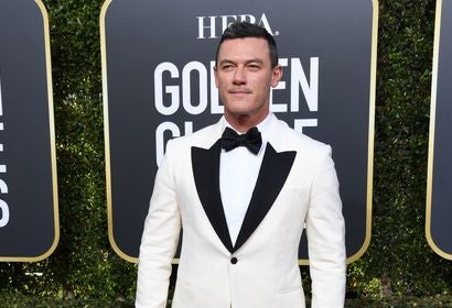 Luke Evans at the Golden Globes 2019