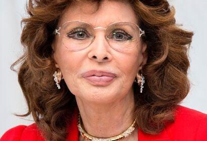 Actress Sophia Loren, Golden Globe winner