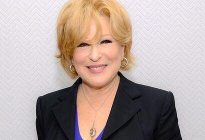 Actress, performer, singer Bette Midler, Golden Globe winner