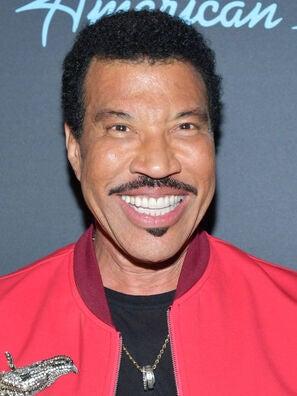 Singer and composer Lionel Richie, Golden Globe winner