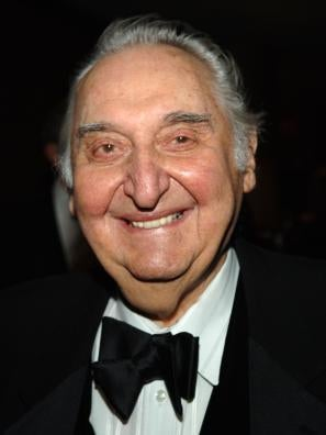 Actor Fyvush Finkel, Golden Globe nominee