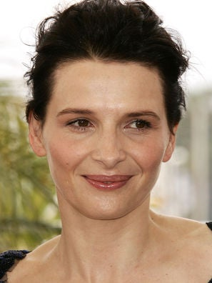 Juliette Binoche Born March 9 1964 In Paris France Starred In Rendez Vous 1984 By Andre Techine With Daniel Day Lewis In The Unbearable Lightness Of